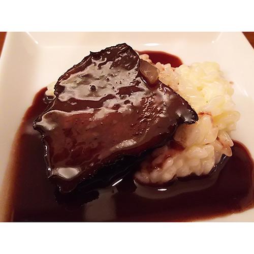 和牛頬肉の赤ワイン煮 焼きリゾット添え