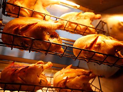 大山ひな鶏モモ肉のロティ